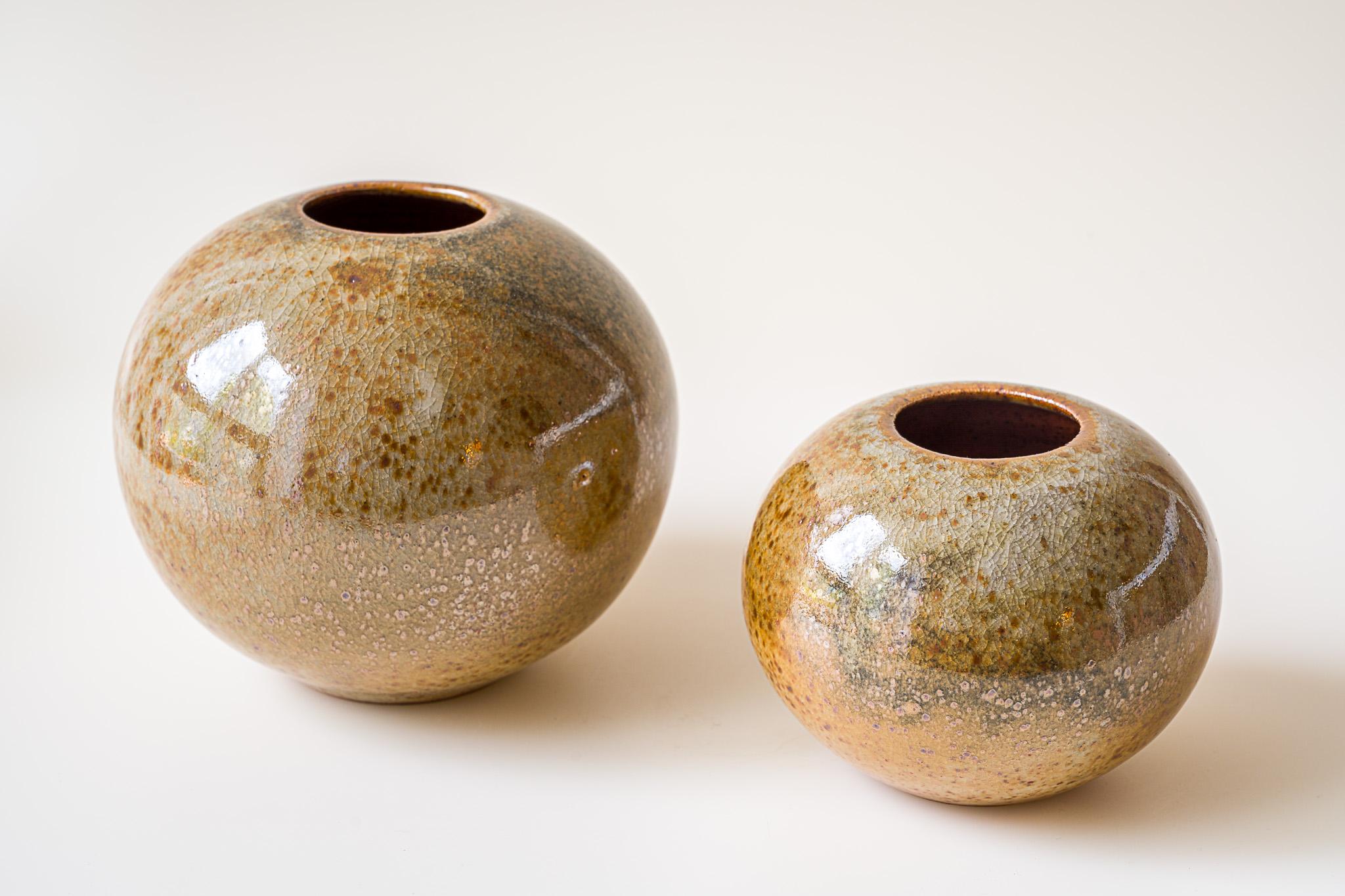 Vasen   h: 12 + 9 cm   d: 13 + 10,5 cm   Euro 90,00 und 50,00 verkauft
