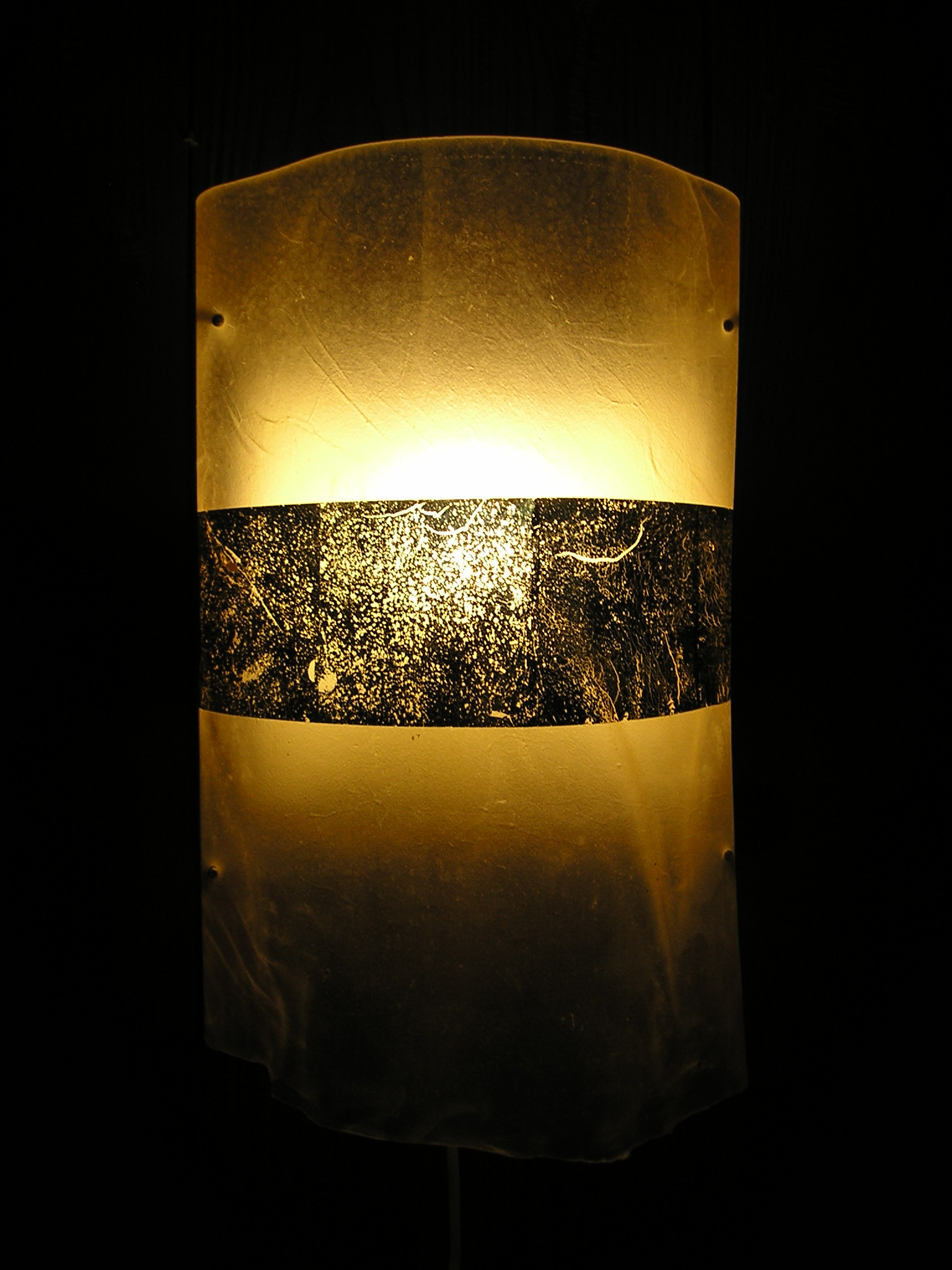 Wandlampe Kalbspergament mit Blattgold Euro 150.-