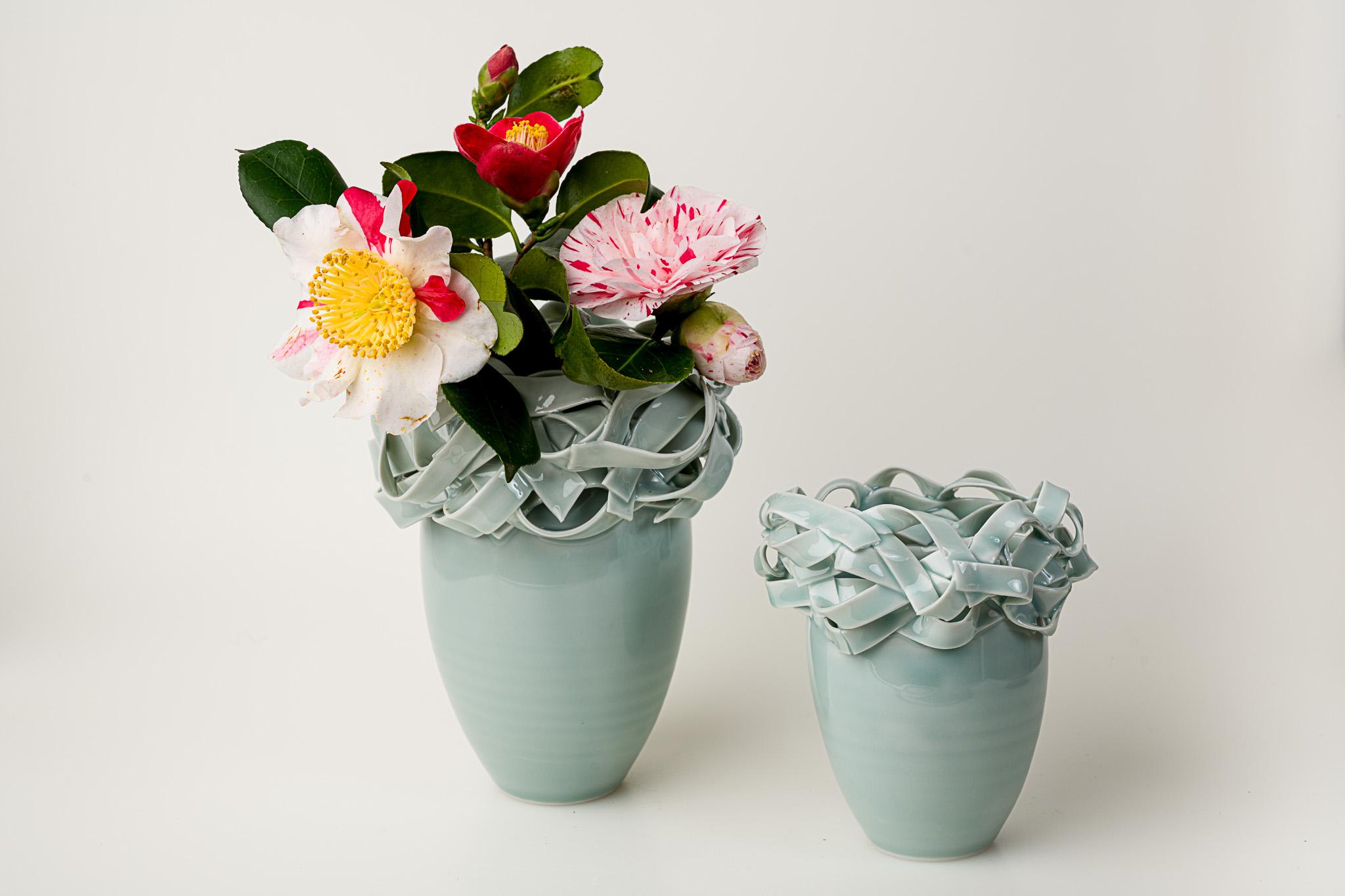Vasenobjekte Porzellan Seladonglasur groß: Euro 220,00  klein: 100,00