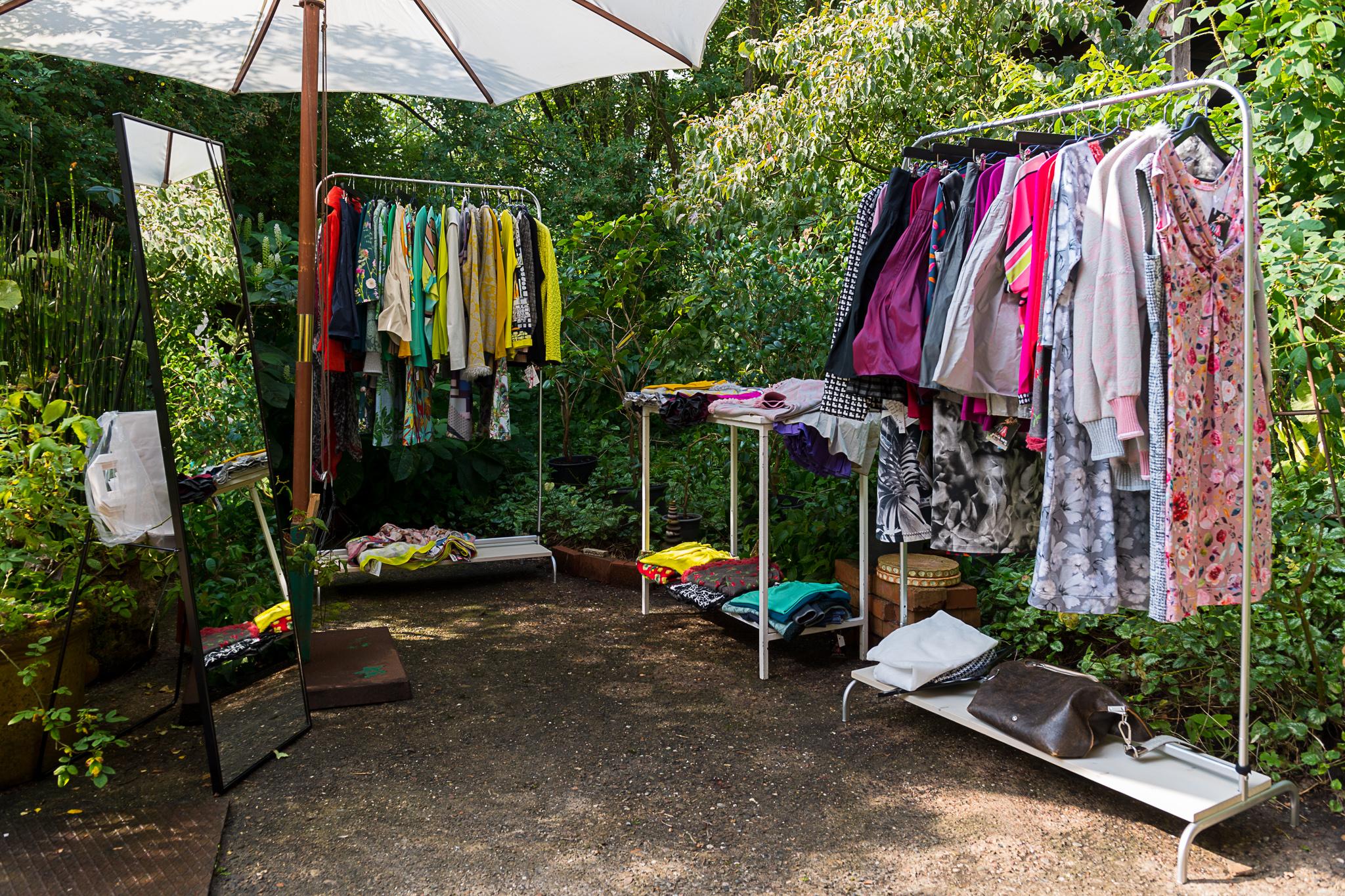 Terrassenlogenplatz für die Kleiderständer von Gisela Berg