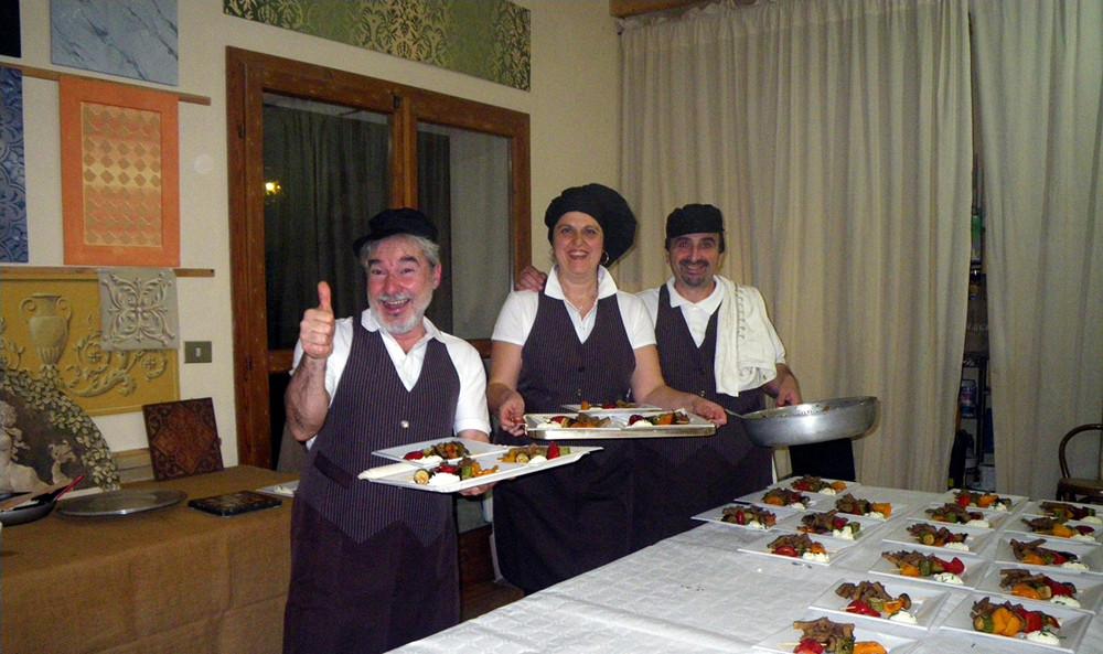 Aiuto cuoco e Cuochi: Roberto, Paola, Sandro