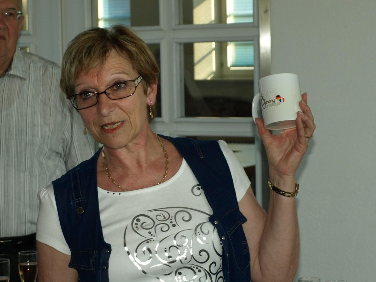 Les mugs offerts aux hôtes allemands.