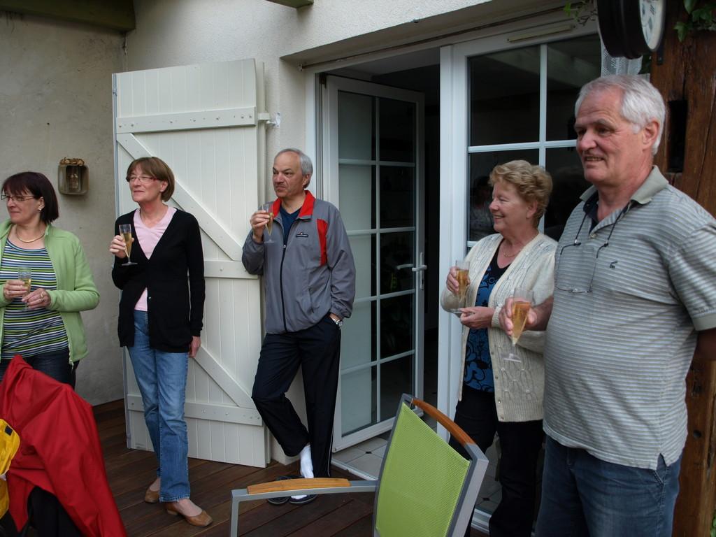 Champagne avec nos hôtes à Sarreguemines.