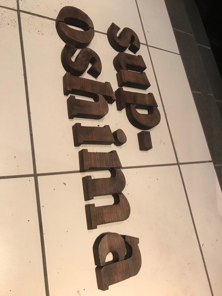 sup-oshima の文字