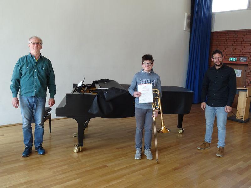 Pianist Thomas Dilger, Nachwuchsposaunist Jonathan Maucher und Musikschullehrer Manuel Zieher