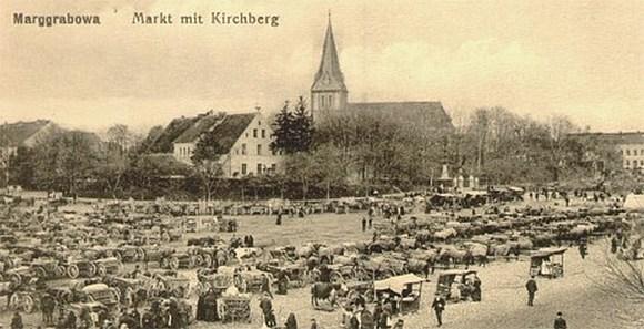 Marggrabowa, Marktplatz  und Kirche um 1910