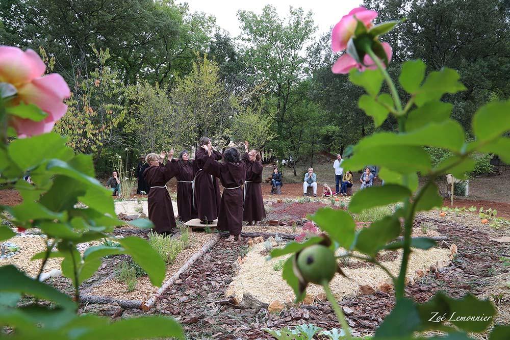 """6 - PHILOCALIE ET PERSPECTIVES ECOLOGIQUES - ...""""La Beauté du Jardinier Divin""""..."""