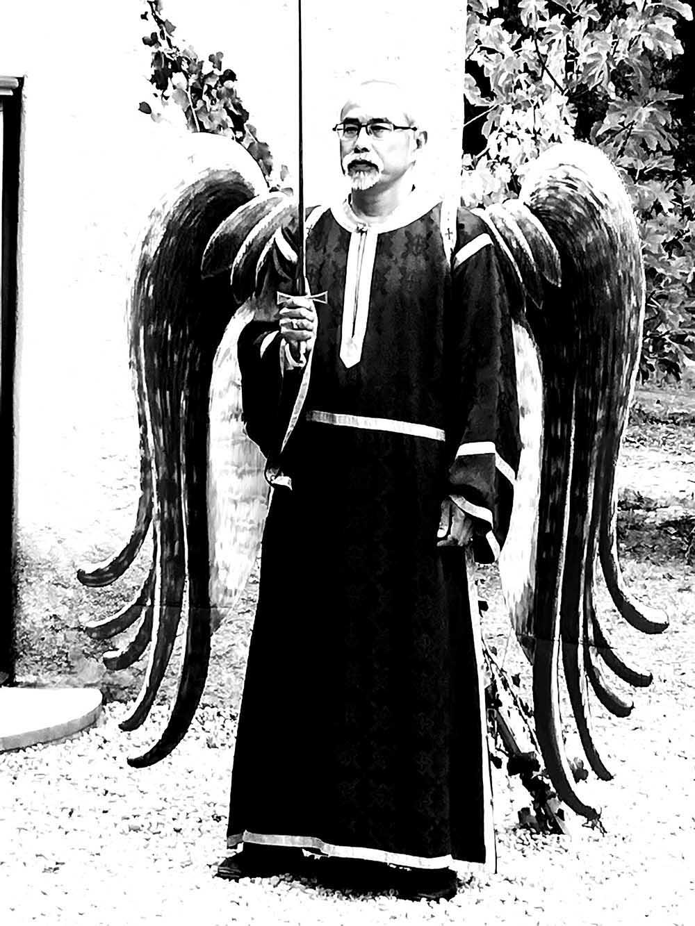 4 - TRADITION ET MODERNITE - ... dans la présence de l'archange Michel.