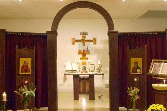 L'iconostase de la paroisse Ste Marie de Magdala