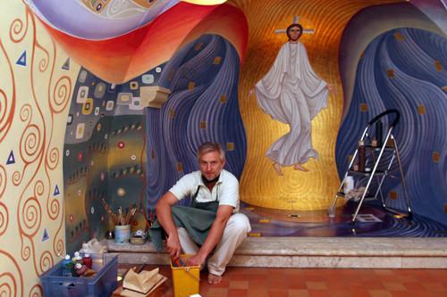 Vadim Garine, iconographe des fresques de l'église de St-Michel du Var