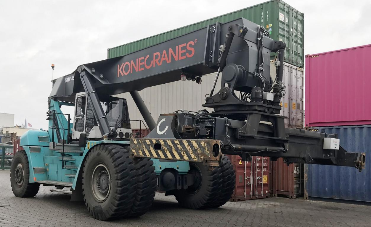 reach staker  Konecranes SC4535 TB5 2013 lifting 45 tons