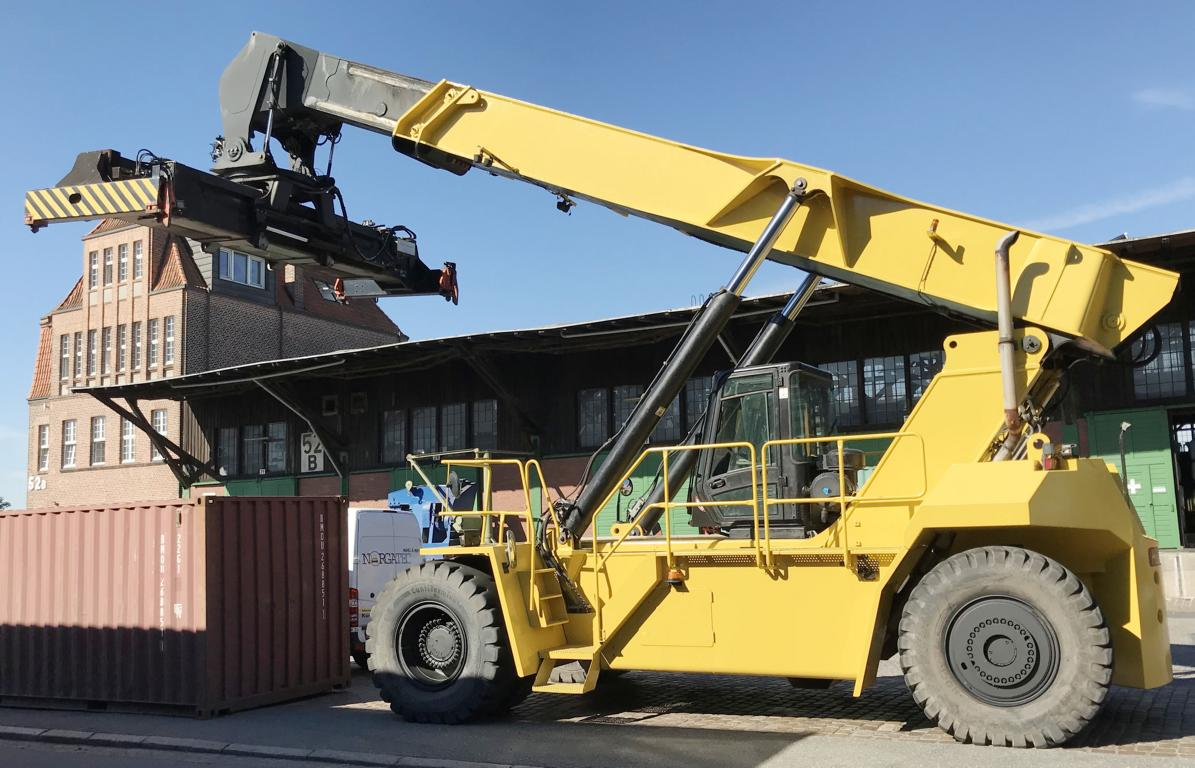 reach staker Hyster RS46 - Tunisia