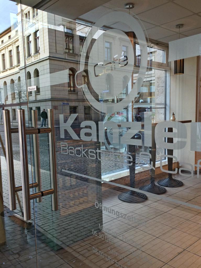 folien-fabrik / Café Kanzler / Schaufenstergestaltung