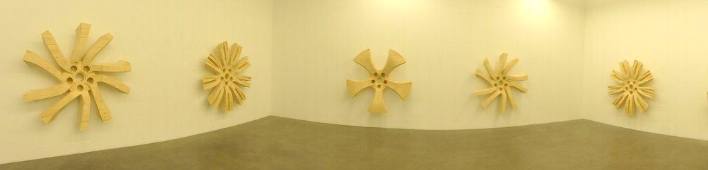 Yngve Holen, Galerie Neu