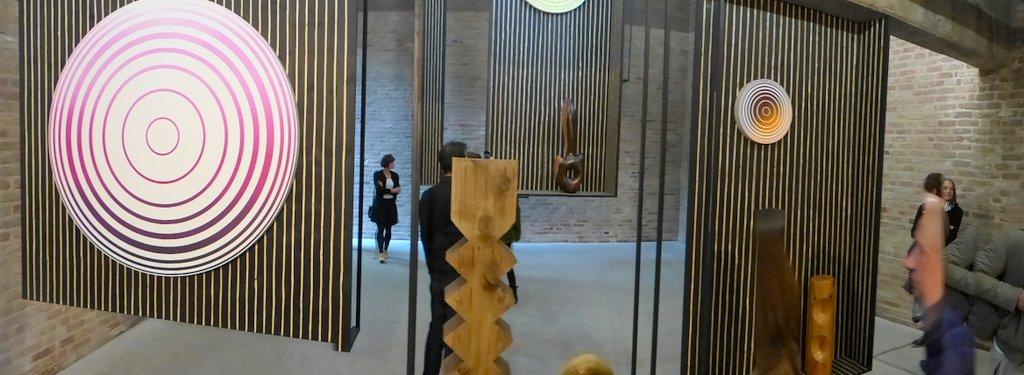 Claudia Comte, Galerie König