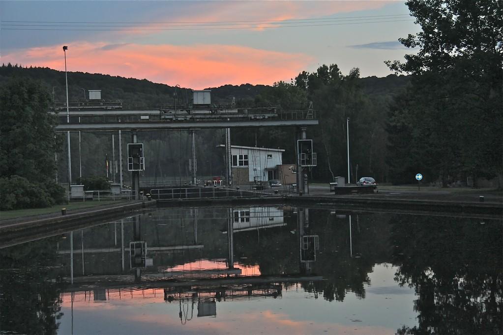Auringonlasku sululla, Arleux-Liege