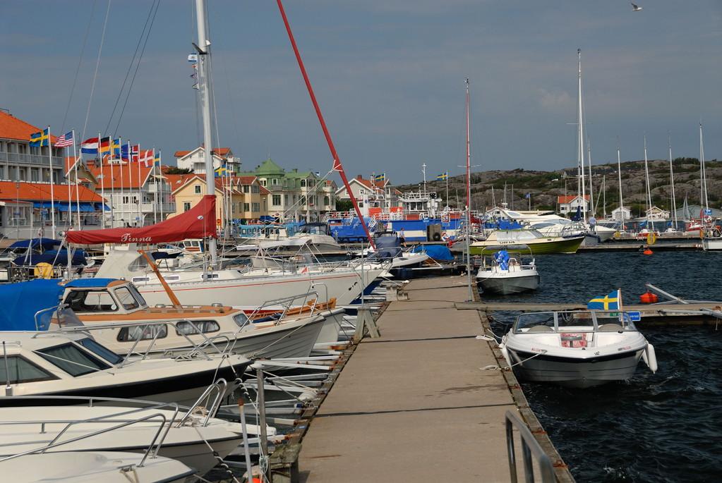 Marstrandin laiturissa löytyi kylkipaikkakin