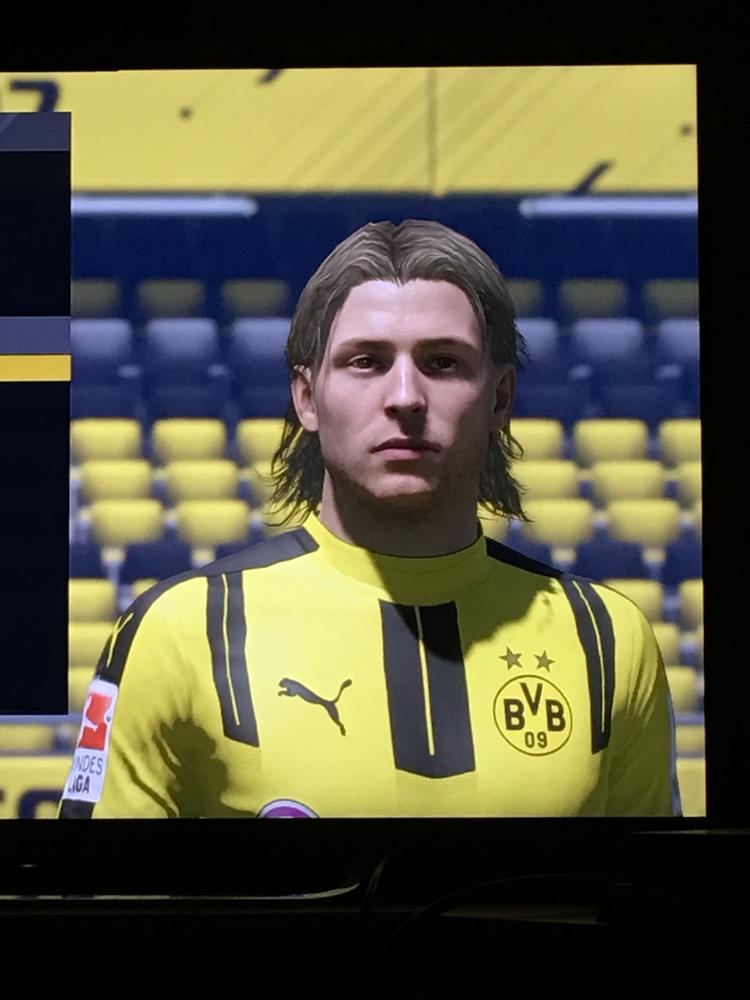 """""""Startgesicht"""" des Karriere-Pro, FIFA 17"""