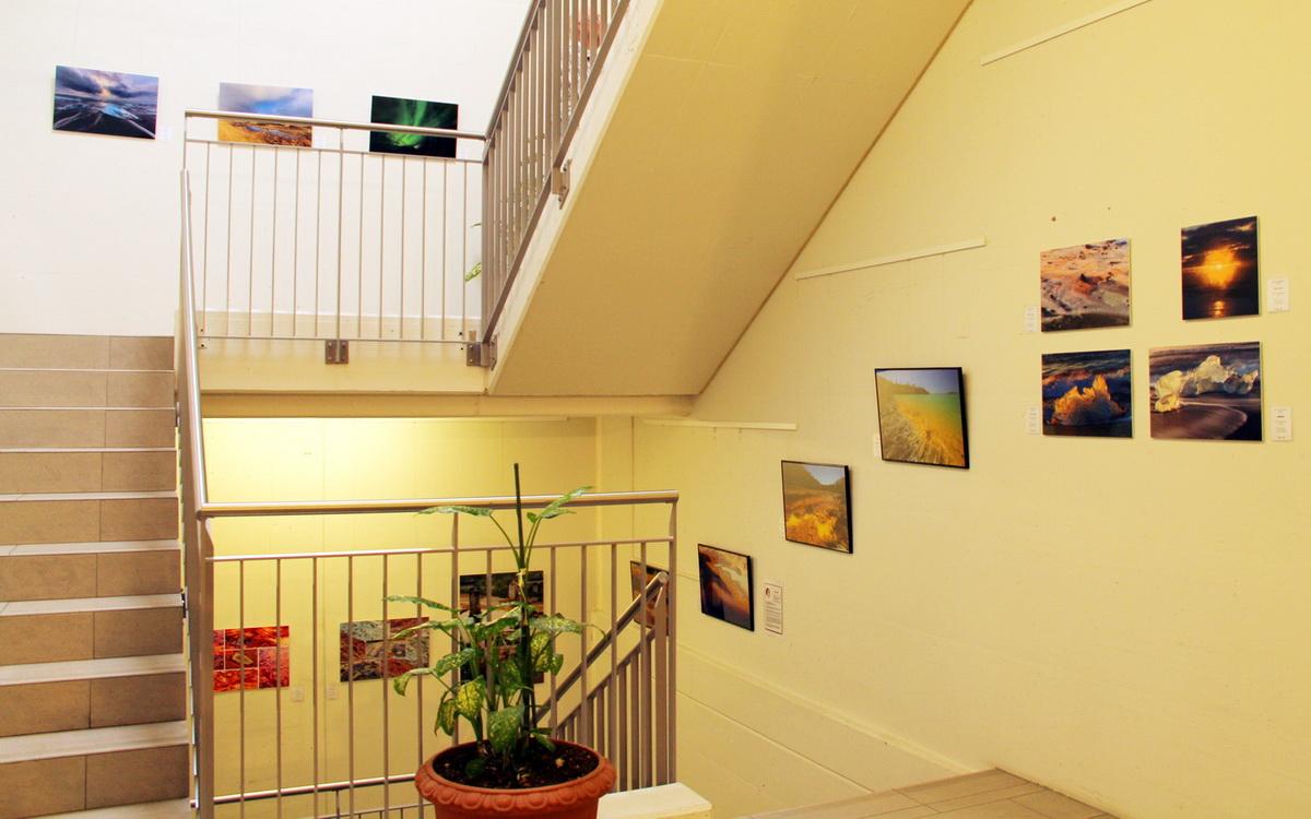 Foto- & Bilderausstellung im Treppenhaus