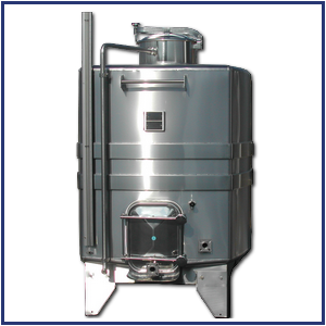 Parallelepipedic stainless steel tank