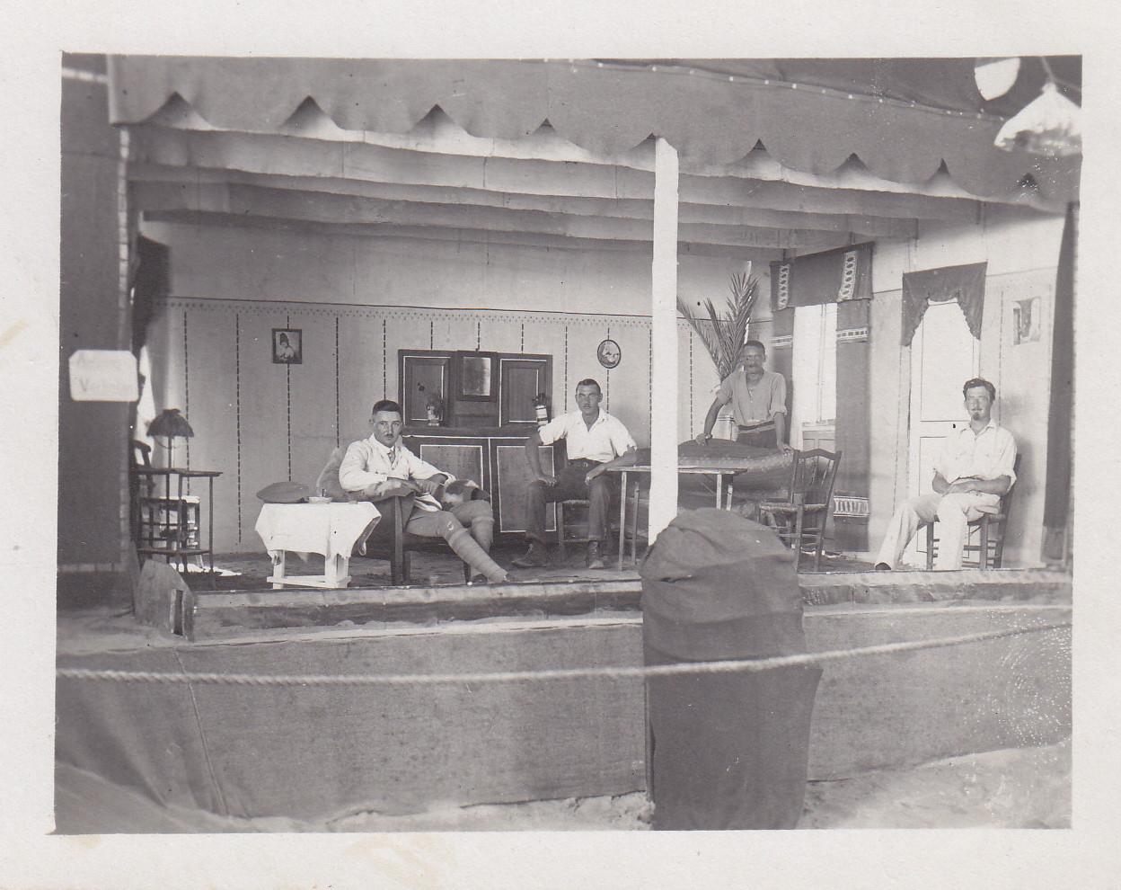 Vorstellung der Theatergruppe 1
