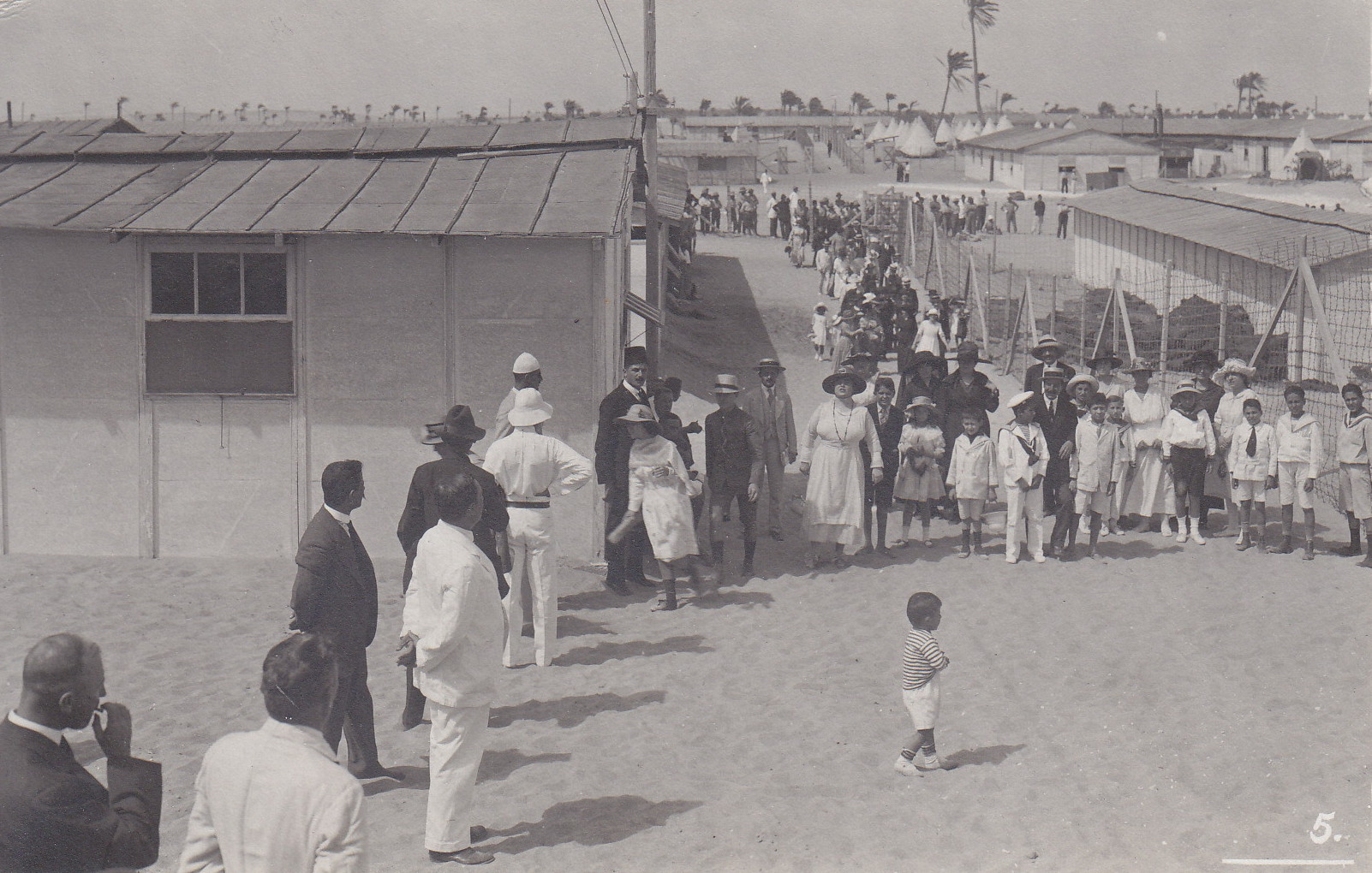 Besuchstag im A-Camp 12.6.1919