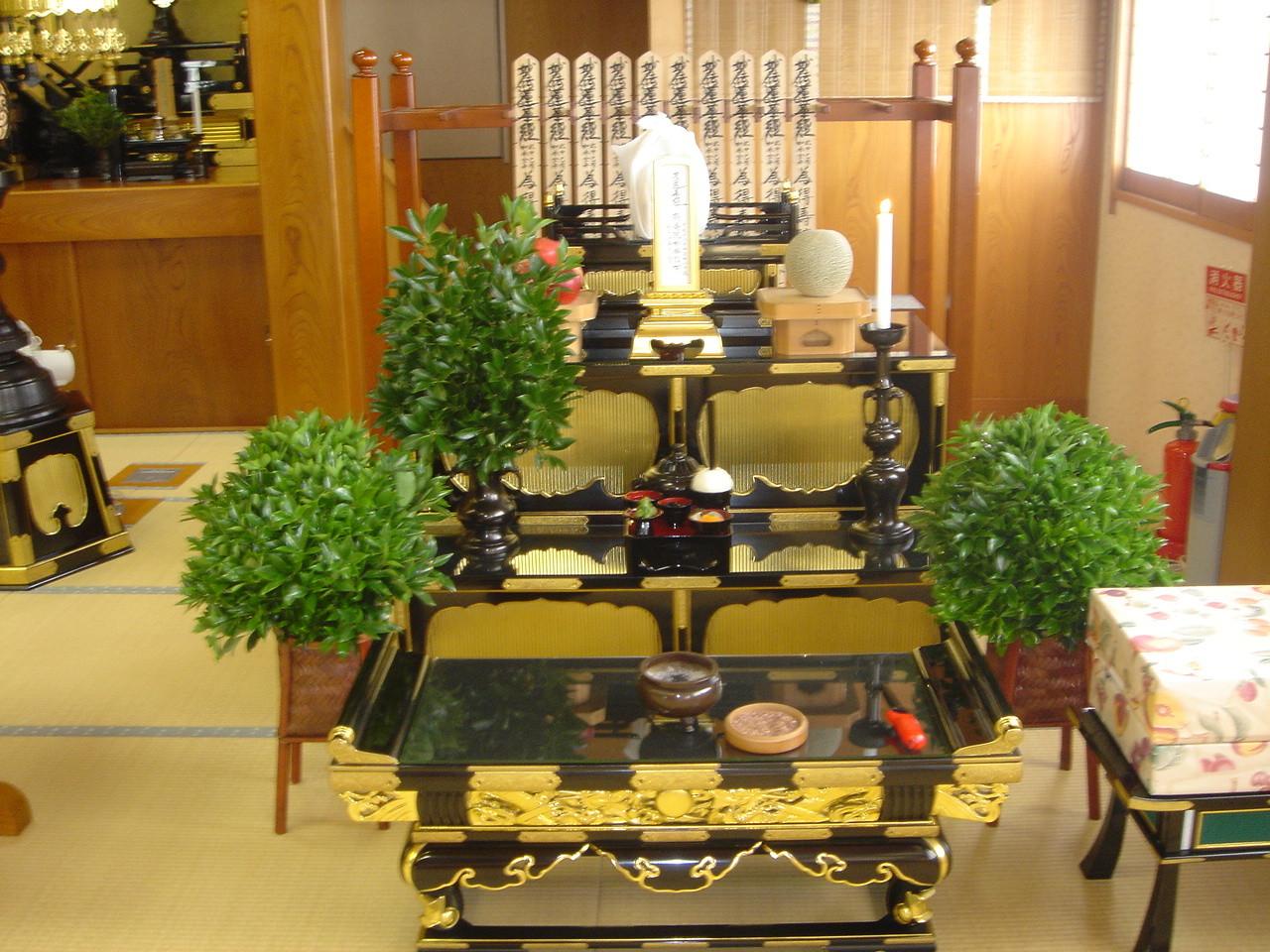 妙通寺での法事祭壇一例