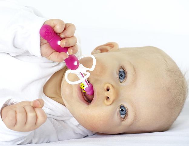 Babyzahnbürsten sind wichtig für die frühe Zahnpflege