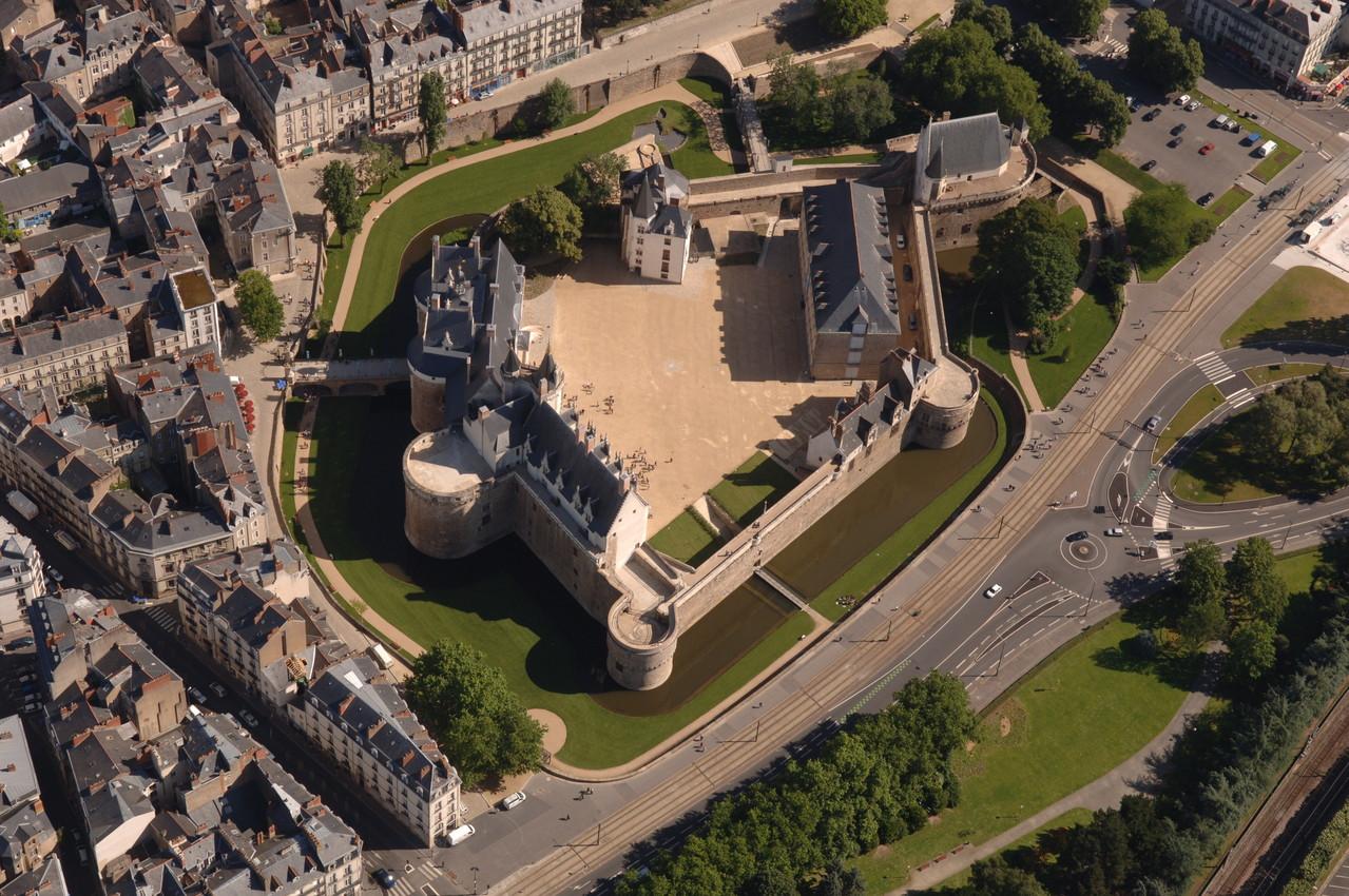 Nantes, vue aérienne du Château des ducs de Bretagne