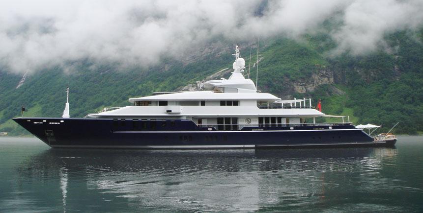Motor Yacht Triple Seven