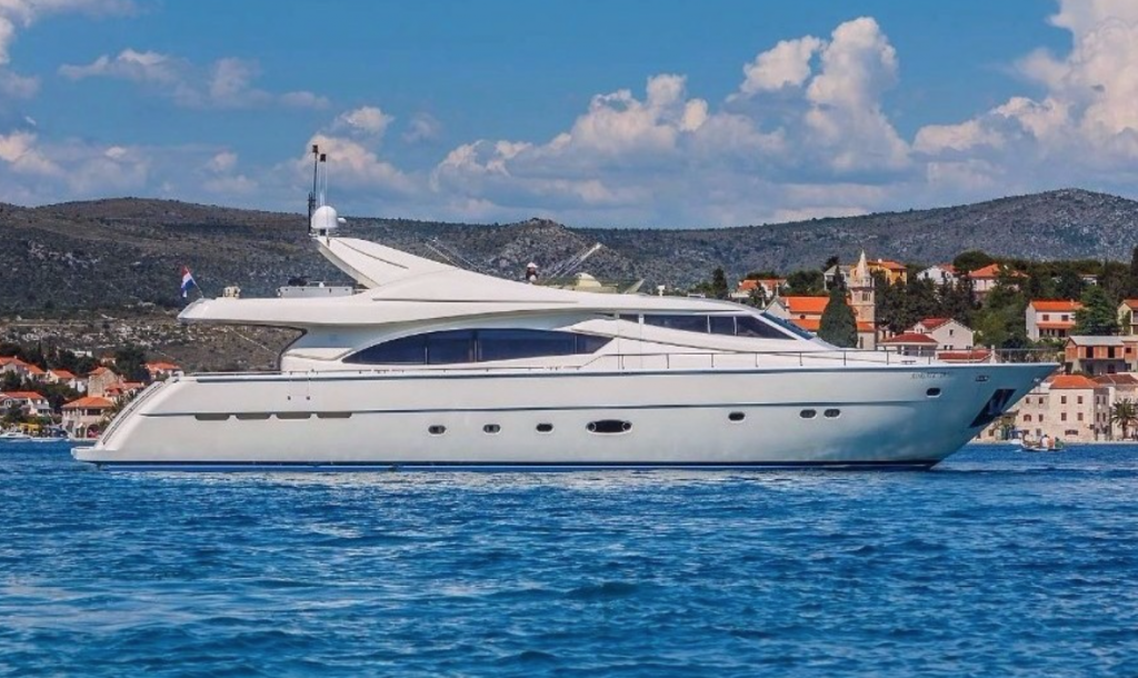 Motor Yacht Katariina - 27m
