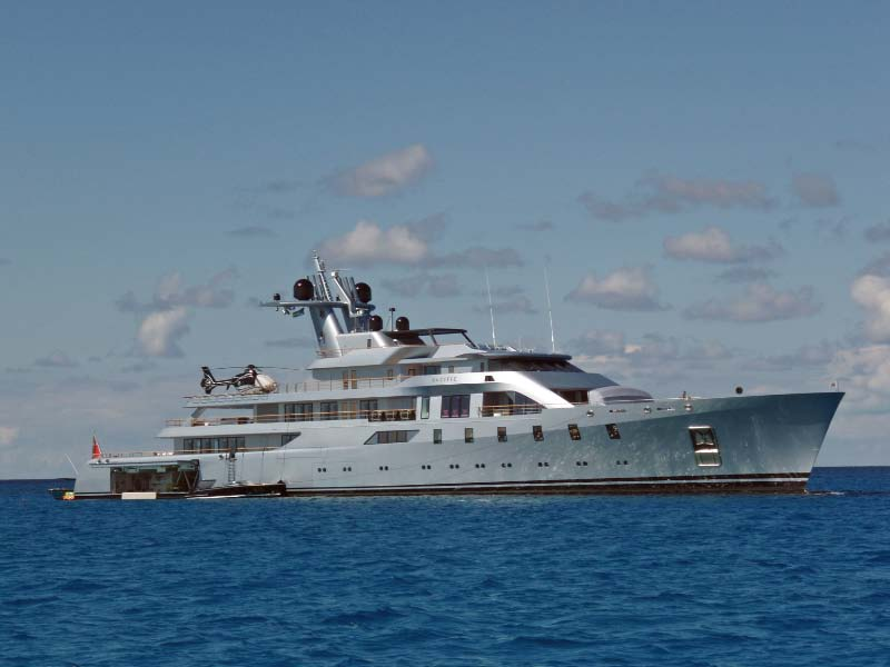 Motor Yacht Pacific - 85m