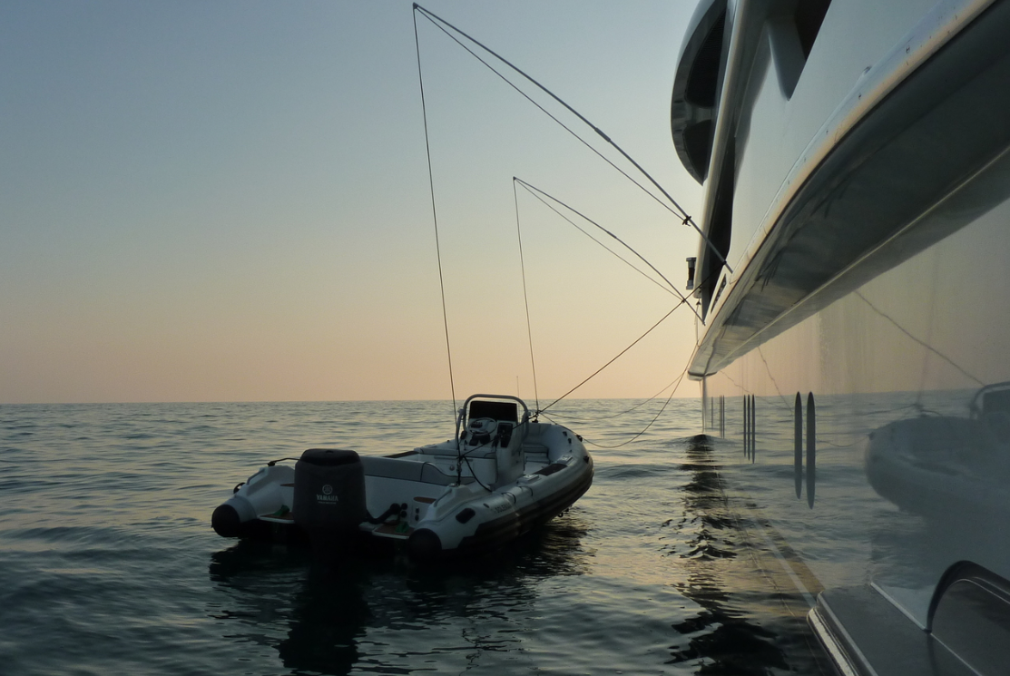 Tender Mooring Whips © www.superyachtmarinestore.com