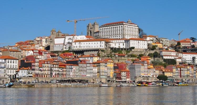 Portos beste Aussichtspunkte - Flussufer Vila Nova de Gaia