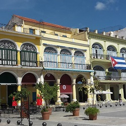 A walk through Havanas old town