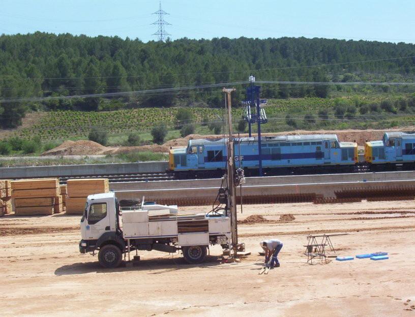 APPLUS Campanya de sondatges, amb bateria continua, a l'estació del tren d'alta velocitat de Tarragona