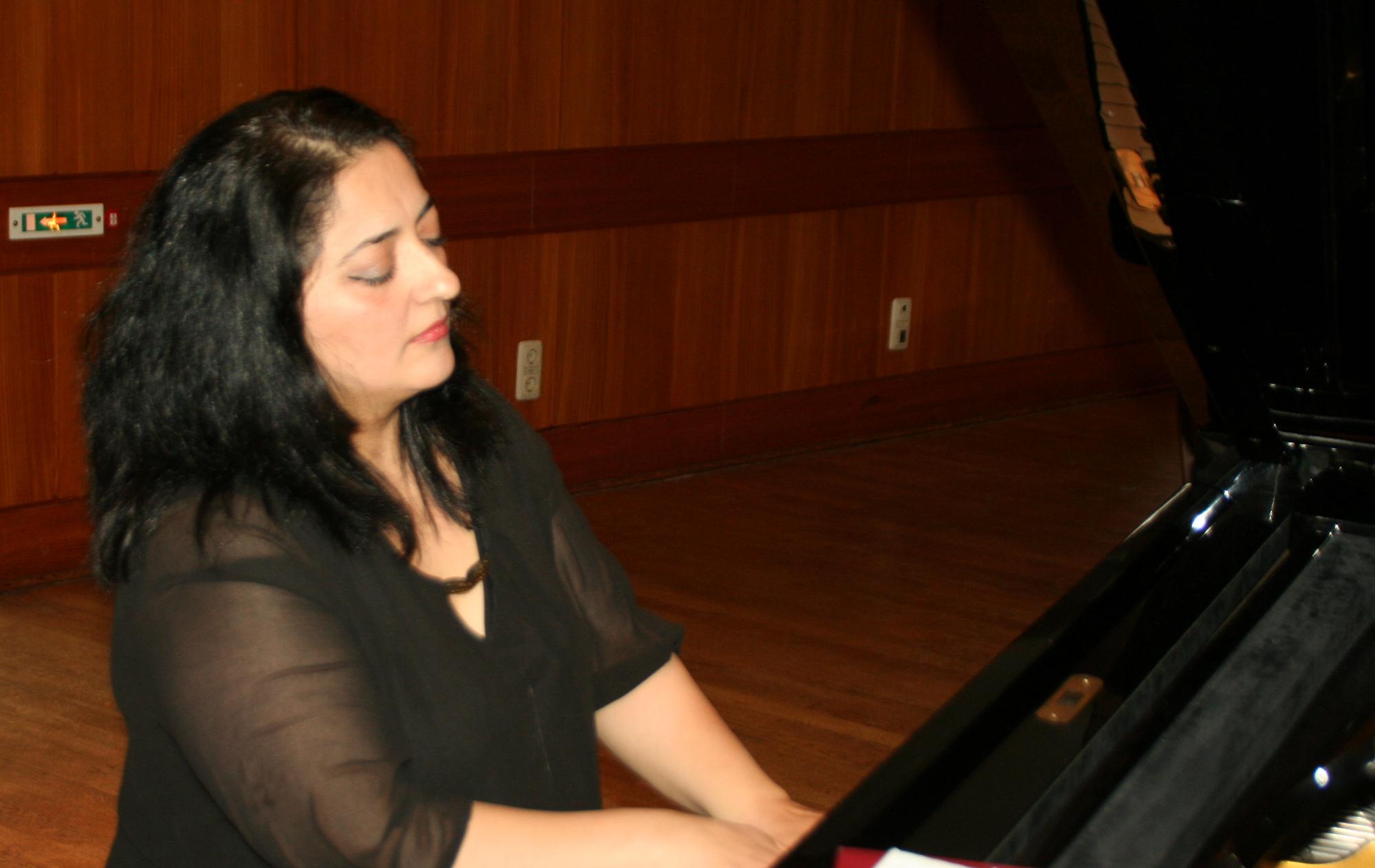 Nazan Isxan - Melodien aus dem kurdischen Musikbuch für Klavier