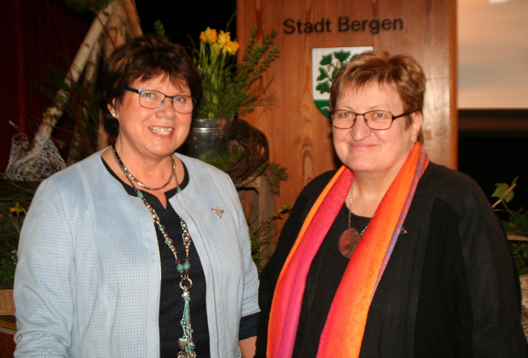 1. Kreisvorsitzende llsedore Heidmann und 2. Vorsitzende Anette Icken