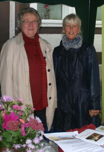 Marlies Wegener vom Hospizhaus Celle und Christa Pahls-Korzonnek vom Verein Brennessel e.V.