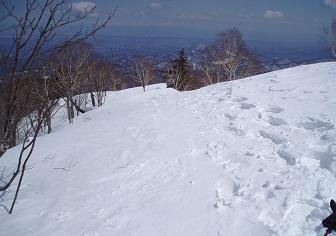 【百松沢山 札幌50峰】全周に広がる山並みを眺めに、平和霊園より北峰に登ろう