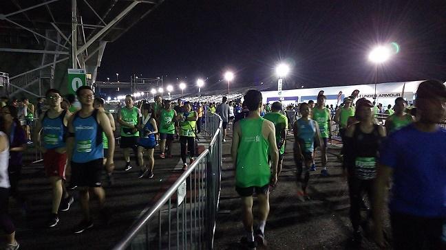 シンガポールマラソンスタート会場の様子