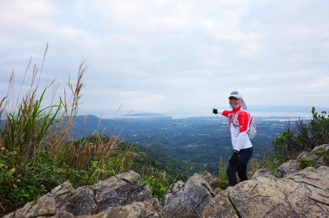嘉津宇岳山頂から見た古宇利島