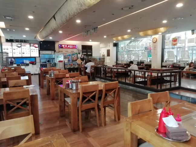 ドラゴンヒルスパ食堂