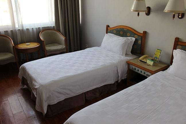 深圳羅湖口岸のホテル