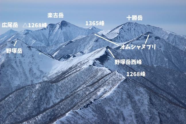 トヨニ岳ニセピークからの眺め