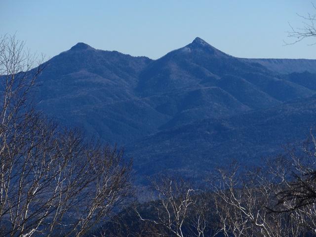 西クマネシリ岳