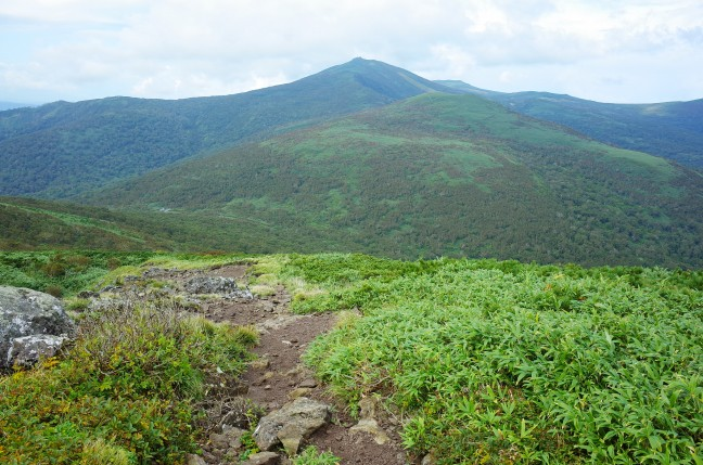 白樺山から目国内岳