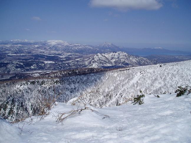 徳舜瞥山から支笏湖と恵庭岳