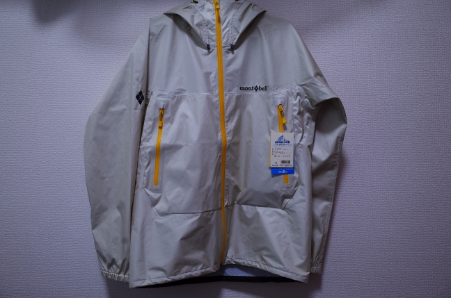 モンベルレイントレッカージャケット
