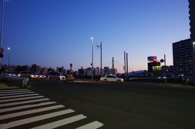 夕暮れ時の豊平川